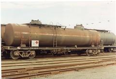 VTQF 402 W Tottenham 10/1995 (booksvic) Tags: tank railway vr wagons vline