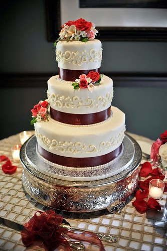 Wedding cake by Classic Cakes, Jacksonville Beach