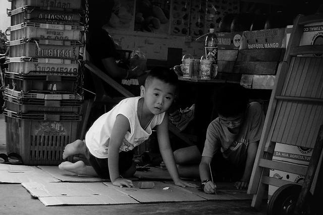 kids at a market