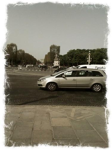 <span>parigi</span>Champs Élisées<br><br><p class='tag'>tag:<br/>luoghi | viaggio | parigi | </p>