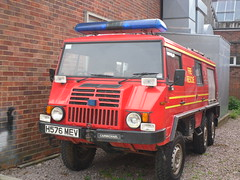 ECFRS / Spare Pinzgauer / H576 MEV (Chris' 999 Pics) Tags: county uk blue light england rescue man 6x6 film bar speed truck fire pix fighter fuji united fine 911 engine blues samsung kingdom finepix fireman and fujifilm service hd spare emergency firefighter 112 essex siren colchester carmichael workshops 999 pinzgauer twos strobes lightbar rotators vluu pl81 ecfrs pl90 sl630 leds h579mev s2750