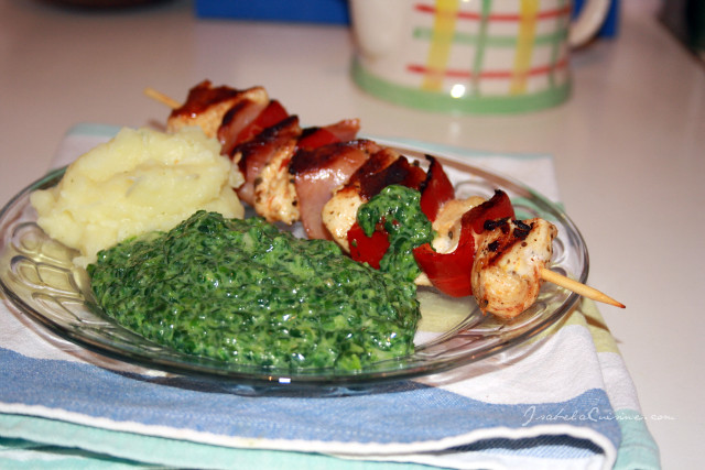 Grilled chicken with spinach puree