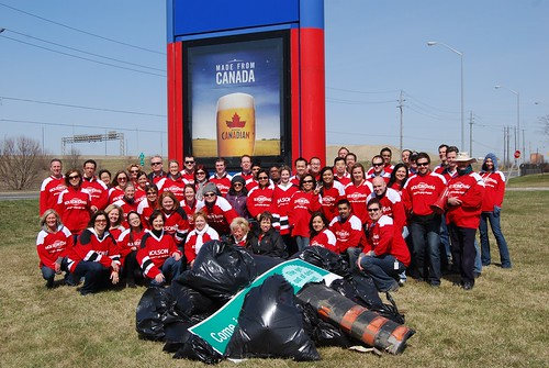 2011 20 Minute Clean Up Group Shot2