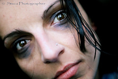 Stop Violence (Siscafoto) Tags: life portrait colors self canon eyes women retrato yo autoritratto moment autorretrato emotions ritratto detalles theface emozioni piel particolarmente ritrattidiof espressionidellanima autorretratoydetalles siscaphotographer