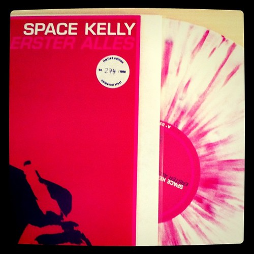 Limited vinyl / Space Kelly
