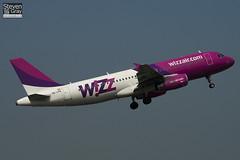 HA-LPK - 3143 - Wizzair - Airbus A320-232 - Luton - 110419 - Steven Gray - IMG_4126