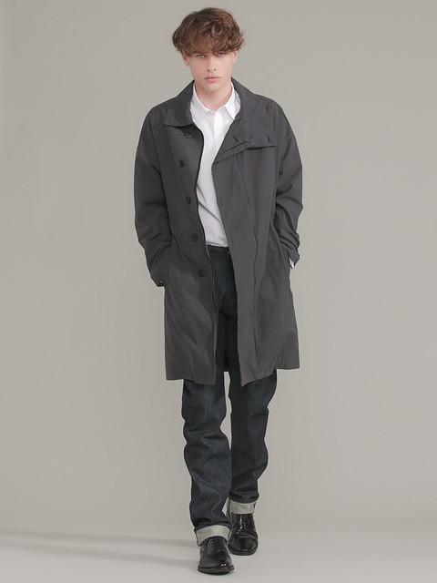 Alex Smith 0038_GILT GROUP_Helmut Lang