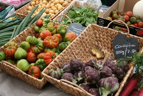 basel farmers market 142
