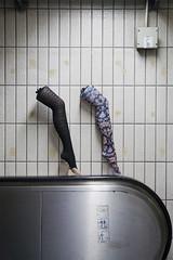 Shanghai (arnd Dewald) Tags: china light shadow mannequin underground subway licht shanghai legs escalator fliesen tiles ubahn handrail   pudong shanghaiist schatten schaufensterpuppe gettyimages beine  rolltreppe  handlauf arndalarm zhnggu dongchanglu mg6271e1re50fi20c50v5h31klein