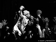 I'm a LEADER; I don't wannabe a FOLLOWER (Silent G Photography) Tags: california ca blackandwhite bw photography concert lowlight sanluisobispo amplive nikkor70200mmf28 nikond7000 zioniandthegrouch markgvazdinskas silentgphotography slobrewco sanluisobispobrewingcompany