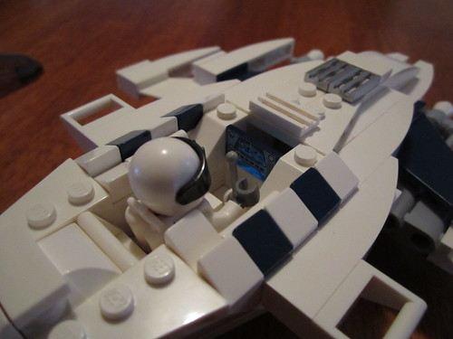 White Glint 009