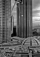 1999-03-30-2 33 Petronas Towers