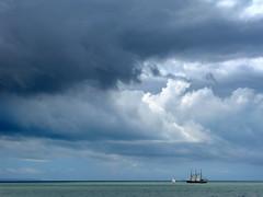ETERNITÉ (André Pipa) Tags: ocean sea mer portugal mar lisboa lisbon eternity lisbonne lisbona eternidade 100faves 50faves eternité andrépipa photobyandrépipa