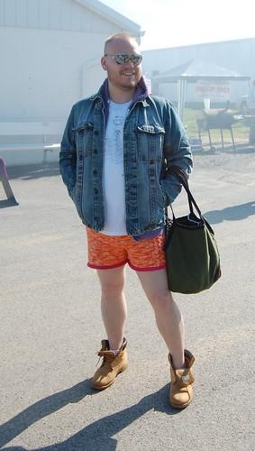 Steven + hotpants