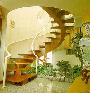 5703546565 7452fbfa79 Thiết kế cầu thang Những nguyên tắc chính.