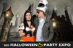 0089creepycastle (Halloween Party Expo) Tags: halloween halloweencostumes halloweenexpo greenscreenphotos halloweenpartyexpo2100 halloweenpartyexpo halloweenshowhouston