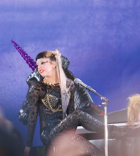 Lady GAGA, GMA Concert,