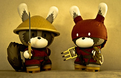 art japan tristan canon toy paul eos japanese ninja vinyl 8 kidrobot 7d eaton samurai huck collectible gee racoon limited edition 70200 inches raku dunny peasant budnitz kidrobotcom canonef70200mmf28liiisusm huckgeecom rakunarazumono