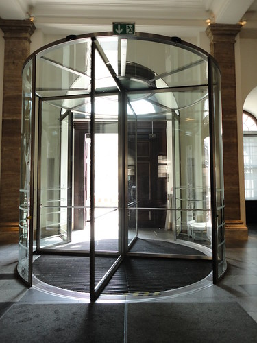 Revolving Door @ The German History Museum