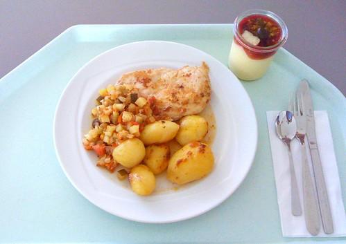 Hähnchenbrust mit Schmorgemüse & Zitronenkartoffeln / Chicken breast with stewed vegs & lemon potatoes