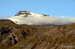 A small  passing cloud (keithhull) Tags: cloud snow mountains landscape iceland absolutelystunningscapes touraroundtheworld skattafelnationalpark