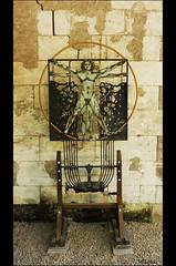 Le Clos Lucé - L'Homme vitruvien (de Vitruve - architecte romain) (Milucide !) Tags: closlucé léonarddevinci vitruve