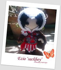 Ezio (assassins creed ) (violet ryan) Tags: doll crochet amigurumi creed ezio assassins auditore sackboy