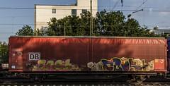 1593_2016_09_23_Kln_West_DB_152_113_mit_Schiebewandwagen_Ehrenfeld (ruhrpott.sprinter) Tags: ruhrpott sprinter deutschland germany nrw ruhrgebiet gelsenkirchen lokomotive locomotives eisenbahn railroad zug train rail reisezug passenger gter cargo freight fret diesel ellok klnwest als db mrcedispolok nxg nationalexpress lbl locon nrail pcw rhc rpool sbbc siemens sncb xrail es64p001 es64f4 0272 127 146 155 185 186 189 260 272 275 285 408 482 620 1261 1275 1285 6127 6146 6189 2275 eurosprinter schienen walzzeichen outdoor logo natur graffiti