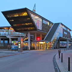 Mlndal Terminal I (hansn) Tags: city light urban architecture modern square europa europe cityscape sweden contemporary tram architect sverige stad arkitektur sprvagn busterminal bussterminal mlndal ljus squarish arkitekt molndal gertwingrdh anglesanglesangles wingardhs gertwingardh wingrdharkitektkontor