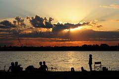 Disfrutando (Colo Eiguren) Tags: sunset people santafe water paraná colo río atardecer agua personas rosario isla anawesomeshot nikond90 colorsinourworld eiguren