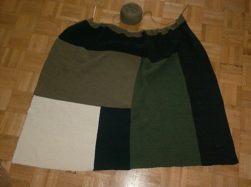 Moderne Log Cabin Blanket - Block 7 begun
