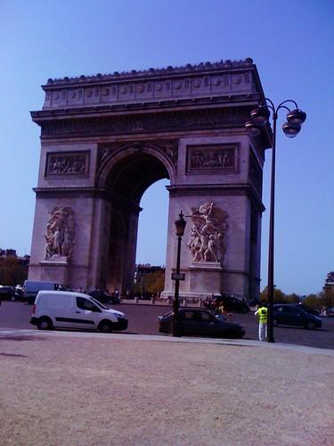 <span>parigi</span>Arc du Triomphe<br><br><p class='tag'>tag:<br/>luoghi | viaggio | parigi | </p>