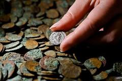 gold-cache-scotland-preserved-roman-coins