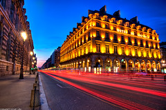 hotel du louvre, rue de Rivoli - Paris (romvi) Tags: street longexposure blue light sunset paris france cars architecture pose de atardecer lights hotel soleil nikon stream europe long exposure tramonto louvre perspective coucher trails du lamppost hour villa palais lighttrails rue romain dri hdr rivoli hdri heure voitures bleue fil lumire longue lampadaires d700 romainvilla romvi