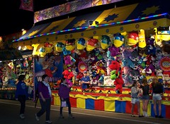 Sydney Royal Easter Show: amusements 7 (dominotic) Tags: carnival animals night rural farm sydney australia games nsw newsouthwales rides produce agriculture prizes ras amusements sideshow homebush theshow artsandcrafts eastershow sydneyroyaleastershow lifestock agriculturalshow sideshowalley winaprize citymeetscountry producedisplay