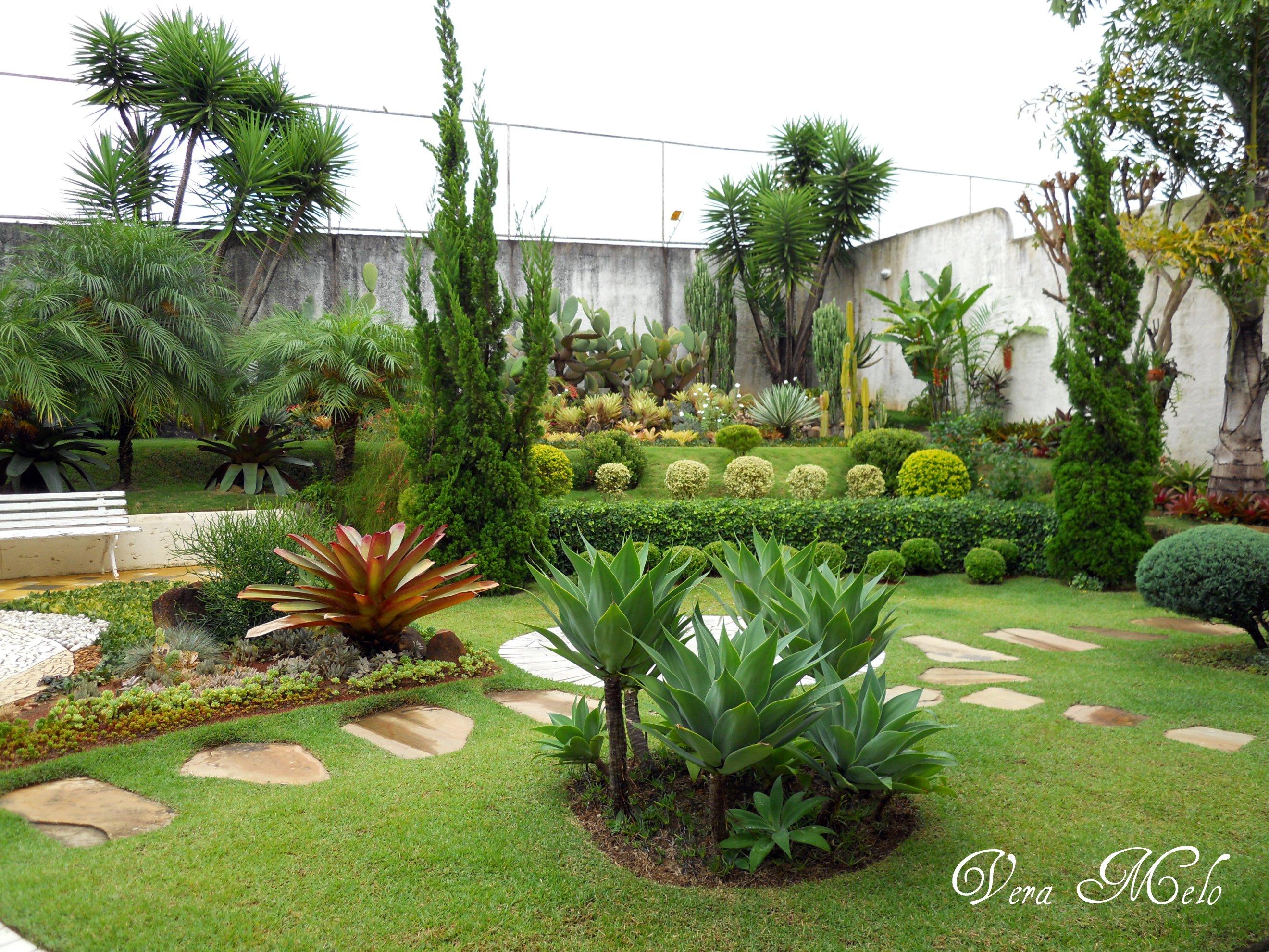 Casa de Retalhos Cenas de um jardim