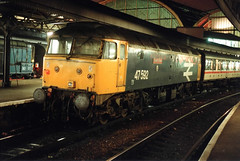 47592_2.1.90 (runtheredline) Tags: london station night br paddington railways britishrail diesellocomotive class47 class08 largelogo brushtype4 47592 countyofavon d1766