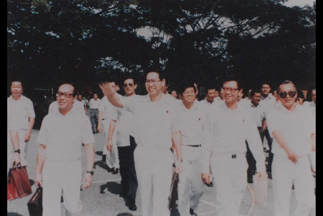 1984 – With Dr Ho Tat Kin and Mr ONG TENG CHEONG on polling day of 1984 GE