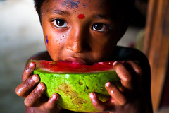 Life is a delicacy - V [..Narayanganj, Bangladesh..] (Catch the dream) Tags: red summer green girl look fruit children child innocent watermelon delicious eat innocence melon bangladesh delicacy summerfruit narayanganj catchthedream mohammadmoniruzzaman girleatingfruit gettyimagesbangladeshq2
