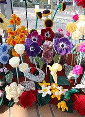 Knitted Garden, Bournemouth Library (arripay) Tags: flowers flower art project garden artwork community knitting library crochet group knit craft exhibition anemone sunflower knitted crocheted bournemouth marvelous groups blooming