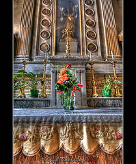 In the church of Dronero  - HDR (Margall photography) Tags: flowers church god marco hdr galletto margall phorography dronero