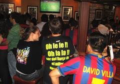 Barca in Washington (blightylad1) Tags: barcelona bar washingtondc football pub barca soccer fcbarcelona elephantcastle davidvilla