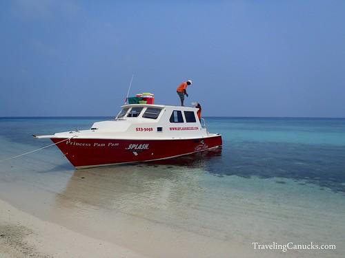 Splash Dive Center Tour of Laughing Bird Caye Park, Belize