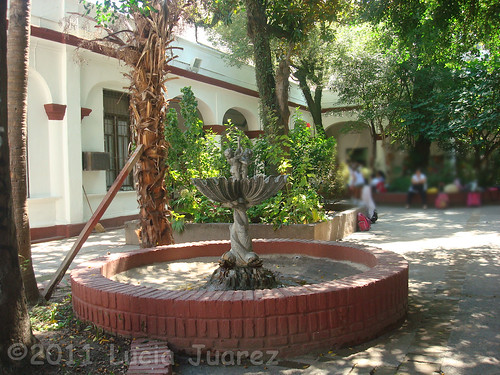 Handyside fountain at Sarmiento School, Tucuman