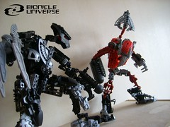 Savage Vs Tyrant (Sparkytron) Tags: dark hunter universe bionicle tyrant savage