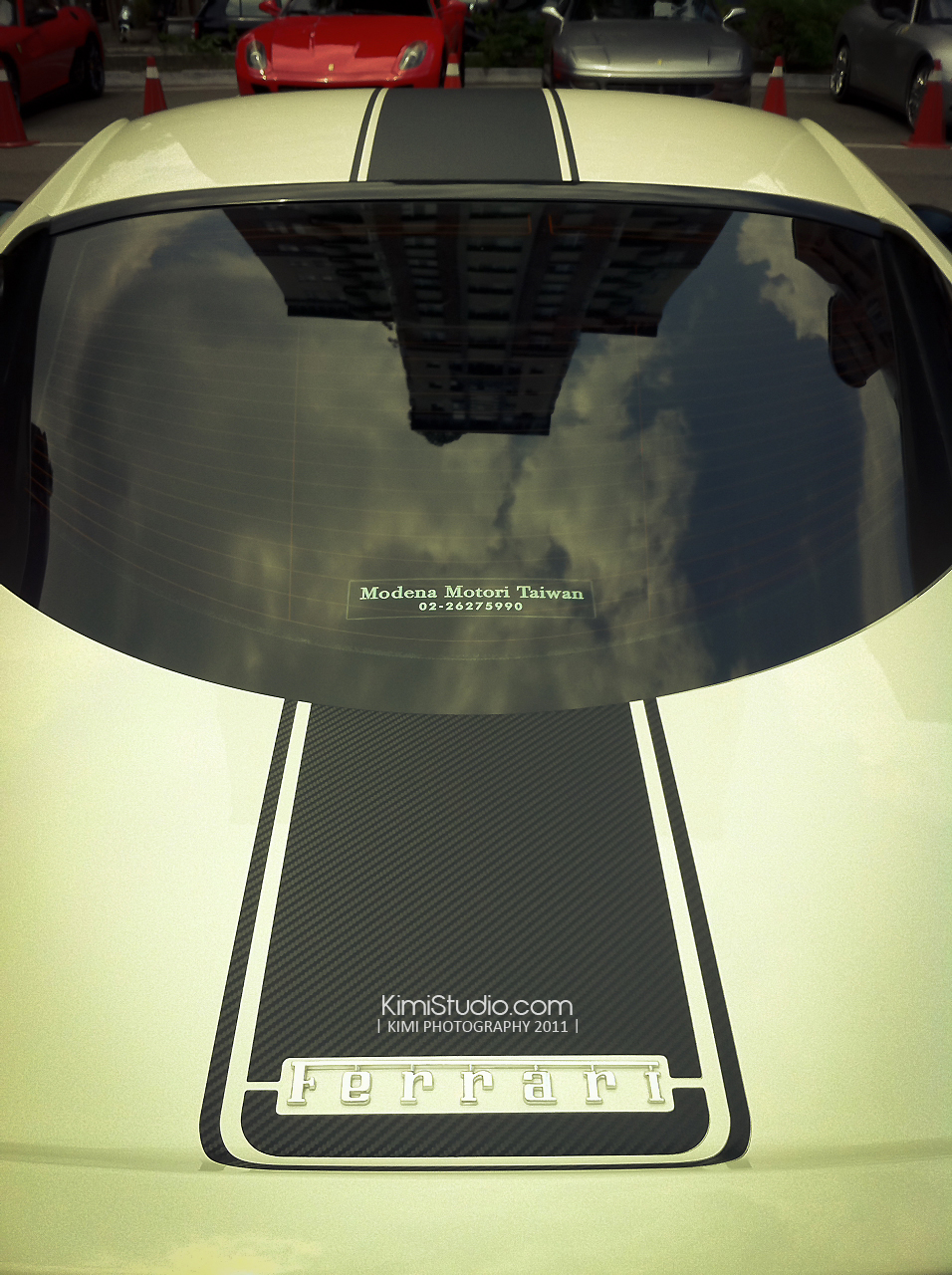 Ferrari 2011.06.10-023