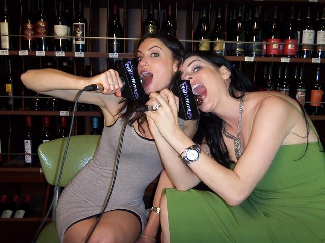 Samantha Gutstadt, Amber Dawn Lee, Social Media Lodge by LiTEBOX at BottleRock Downtown LA