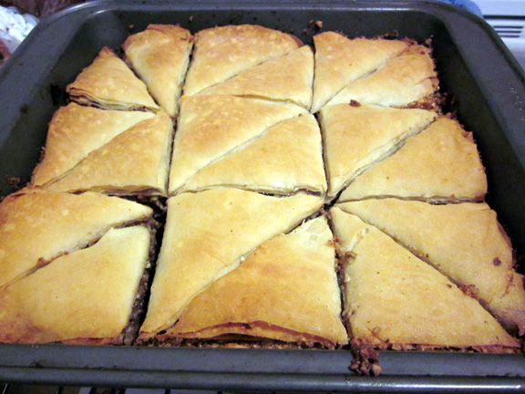 Daring Bakers June: From Phyllo to Baklava