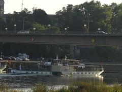 Dresden-0128_1 (pischty.hufnagel) Tags: dresden elbe dampfschiff dampfschifffahrt kurort rathen wende schaufelraddampfschiff schaufelraddampfer