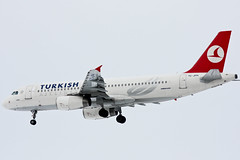 Turkish Airlines - TC-JPH - Airbus A320-232 (Oscar von Bonsdorff) Tags: canon turkey suomi finland studio helsinki finnland ataturk istanbul airbus pro fin ist hel photographing thy vantaa a320 320 tk xsi iae canon100400 helsinkivantaa kars airbusa320 canon100400l 100400l a320200 a320232 canonef100400mmf4556lisusm turkishairlines efhk 450d 320200 100400f4556l ltba canon100400isusm canonefl thyturkishairlines v2527a5 320232 fwwdx canonis100400 oscarvonbonsdorff canonf45l gettyimagesfinlandq1 tk1755 msn3185 wwwturkishairlinescom serialnumber3185